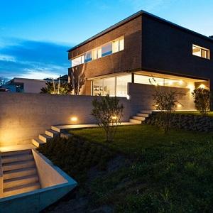 residential modern exterior lighting